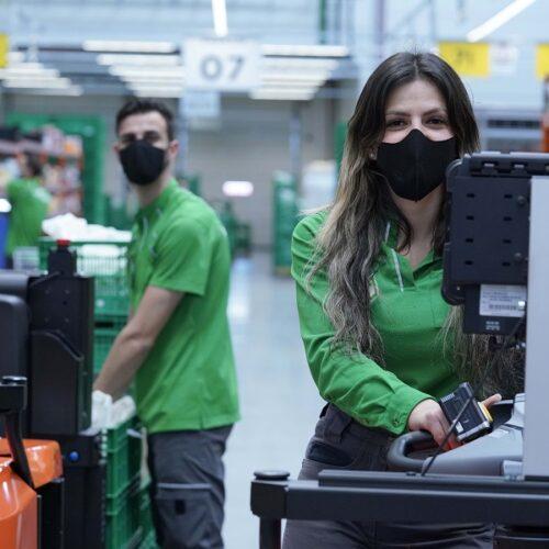 Mercadona inverteix més de 5 milions d'euros en mascaretes reutilitzables per a la seua plantilla