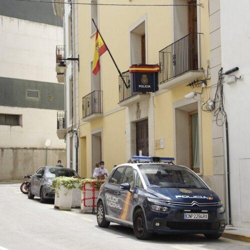 La Policia Nacional deté a un home per canviar-li el pany a la seua inquilina