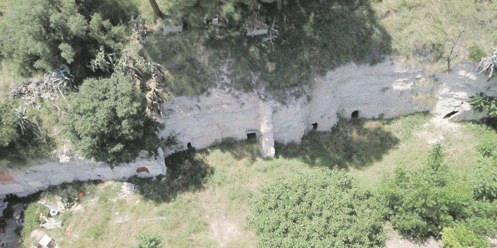 El parc inundable de la Cantereria redescobrirà les coves davall del riu