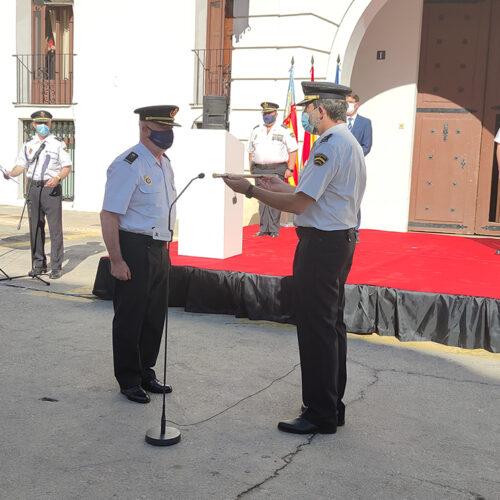 El Cap de la Policia Nacional rep el bastó de Comandament en un acte oficial