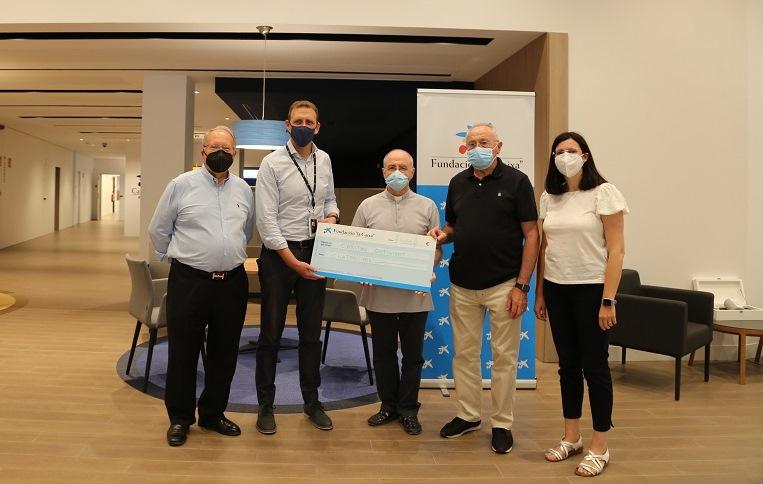 La Fundació 'la Caixa' dóna 4.000 euros a Cáritas Ontinyent El Periòdic d'Ontinyent - Noticies a Ontinyent