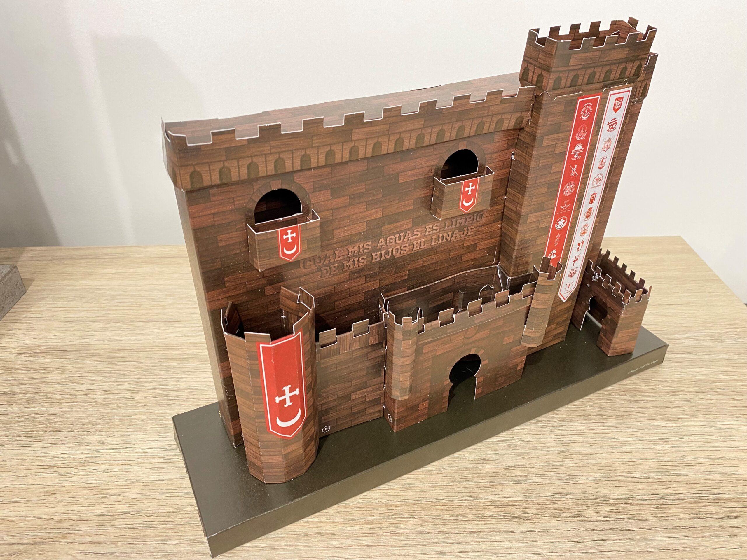 El Periòdic d'Ontinyent et regala la rèplica del Castell de Festes El Periòdic d'Ontinyent - Noticies a Ontinyent