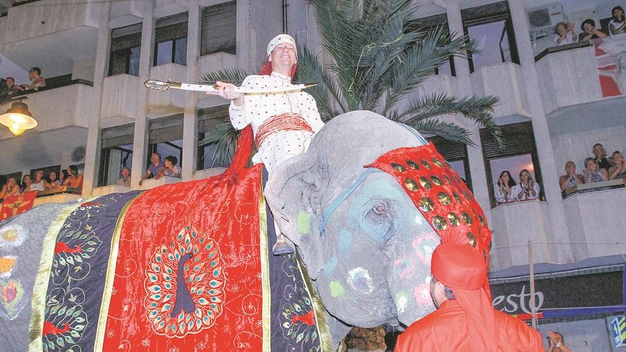 Els Moros i Cristians, sense elefants ni felins ni altres animals salvatges El Periòdic d'Ontinyent - Noticies a Ontinyent