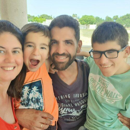 Una família del Trèvol escriu un conte en clau positiva sobre la diversitat funcional