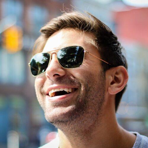 Cinco consejos para mantener tu salud visual en verano