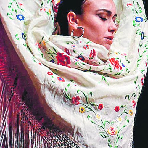 La formació d'Inés Ribera es nodreix amb els millors professionals de la dansa