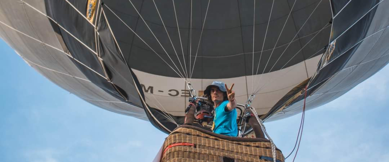 Blai Carbonell, l'únic valencià que juga amb els globus al cel d'Hongria