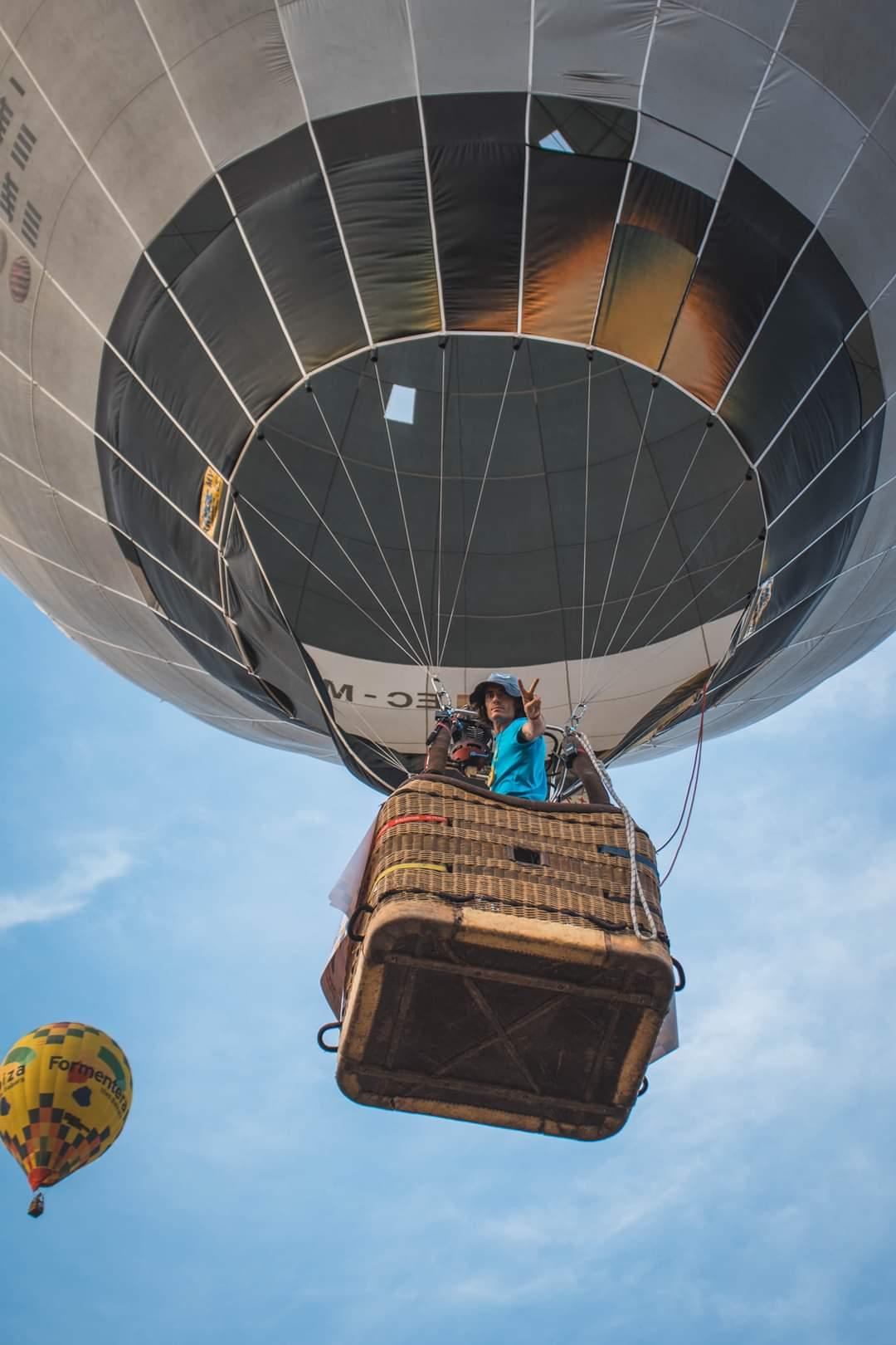 Blai Carbonell, l'únic valencià que juga amb els globus al cel d'Hongria El Periòdic d'Ontinyent - Noticies a Ontinyent