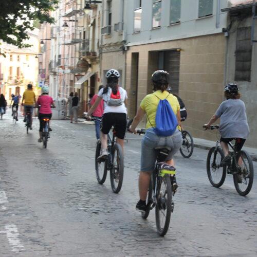 Ontinyent sensibilitza sobre la 'Ciutat a 30' en el Dia Mundial Sense Cotxes