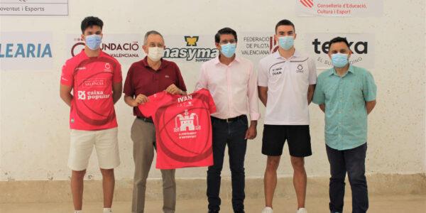 Iván Esparza i Seve Martínez, els pilotaris que peguen fort al trinquet