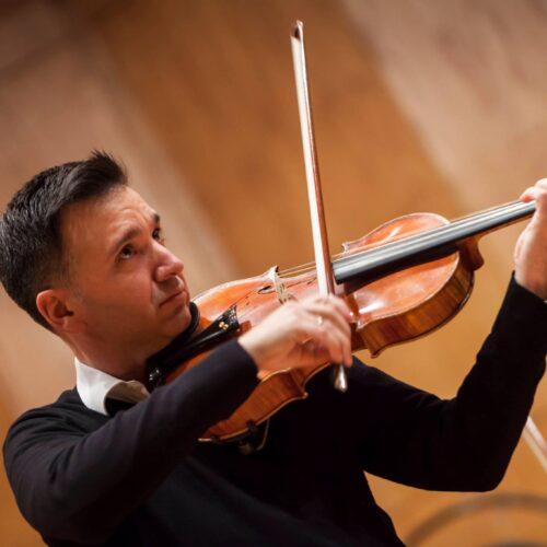 Un viatge a través de l'orquestra i la viola de la mà de David Fons