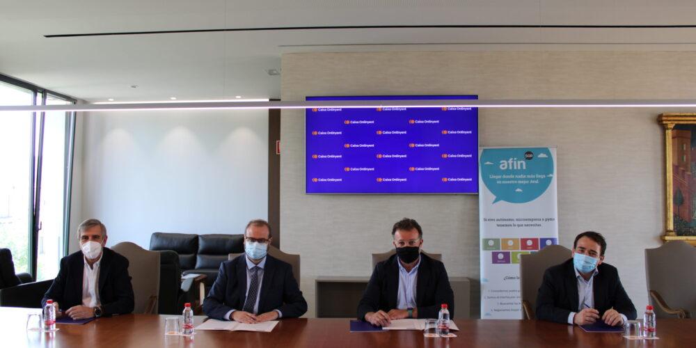 Caixa Ontinyent i Afín SGR faciliten l'accés al finançament a pimes i autònoms