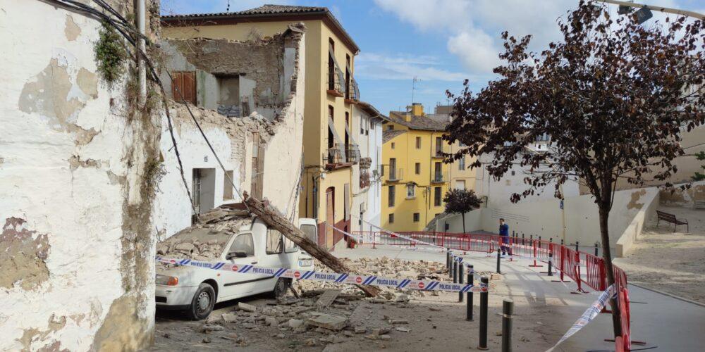 La caiguda d'una casa en el barri de la Vila no deixa cap ferit